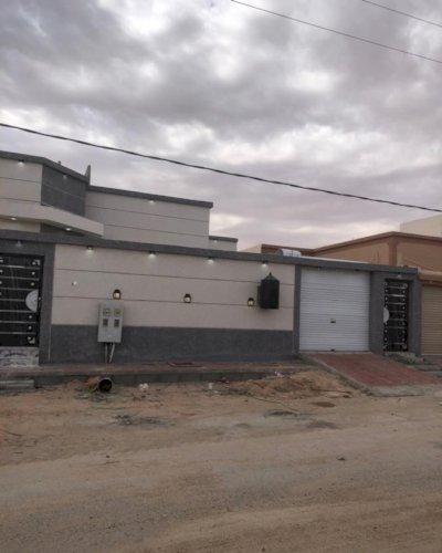بيت دور ارضي للبيع في حي النزهة