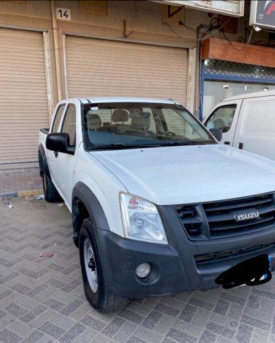 للبيع ايسوزو  ديماكس  2012